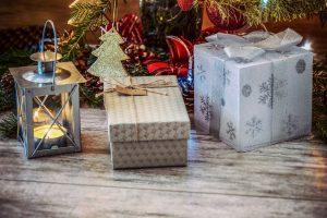 Weihnachtsgeschenke_2_pexels-photo