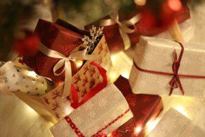 Weihnachtsgeschenke_bunt