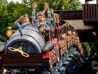 Sommer im Freizeitpark Efteling: Neue Achterbahn Max & Moritz und extra lange Öffnungszeiten im Juli und August